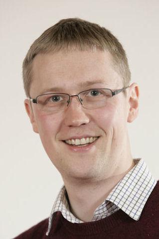 Jonathan Knappett